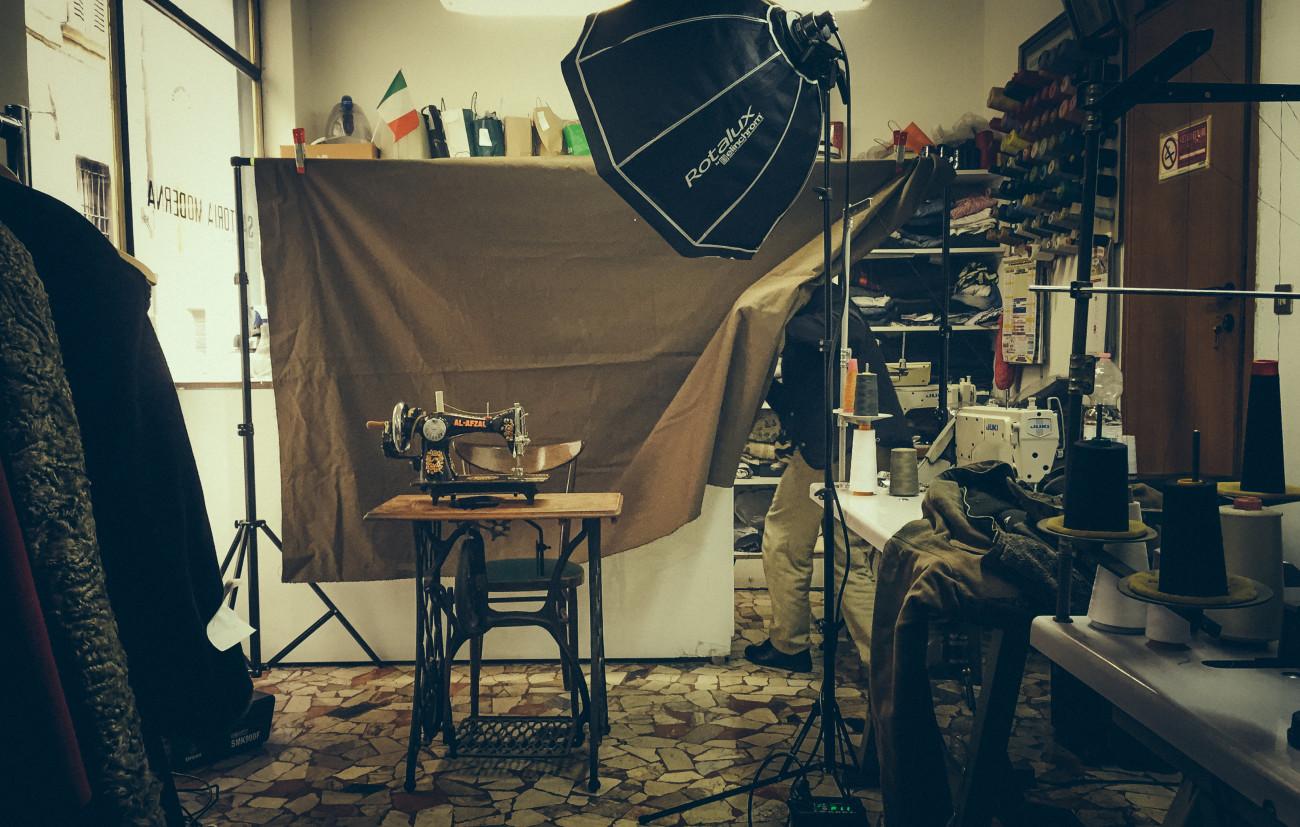 Ali Portrait -The set-